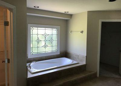 BathroomWithTub
